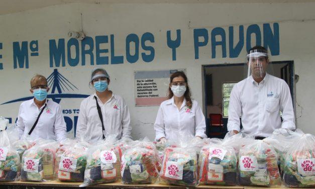 Lleva Aída Féres de Nader Ayuda Alimentaria al Ejido La Isleta